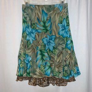 SLB Petite Women's Flower Pattern Skirt Size SP